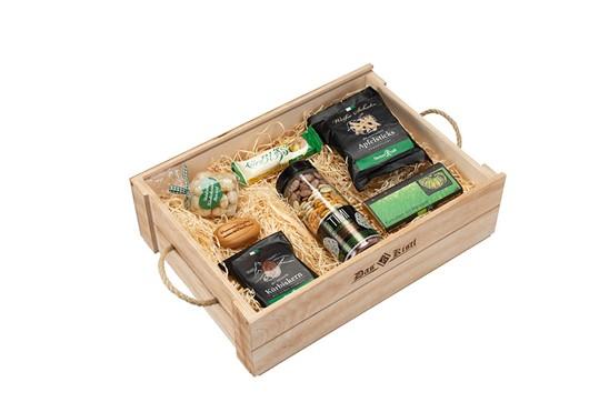 "Süsses Kistl:   ""In diesem Kistl findest du Süßes vom Feinsten, sowie Timis Kürbiskernmix mi"