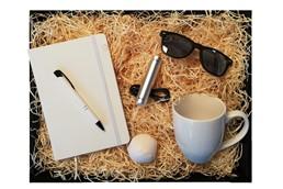 Weiße Starter @Homeoffice Box:   Unsere Homeoffice Starter Box ist das ideale, kreative, praktische und persö