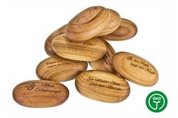SOFT oval Handkuschler:   Handkuschler oval aus Kirsche. Oberflächenbeschaffenheit: geölt. Made in Ger