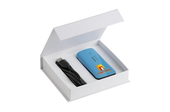 Powerbank 4000 ChargerSet: Top-Powerbank aus Kunststoff in Metall-Optik mit aufleuchtendem Batterie-Stand-I