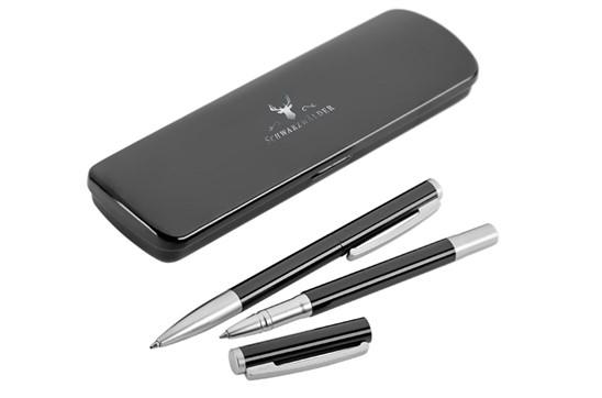 Metalletui lackiert für 1 Schreibgerät: Metall-Klappetui mit lackierter Oberfläche für 1 Schreibgerät.