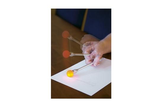 Kugelschreiber Funny: Kugelschreiber mit blauer Mine und Lampe, die ca. 10 Sekunden flackert, sobald s