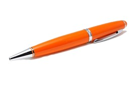 Pen Cosimo USB-Stick:   Ausgezeichnete Schreibfunktion mit einer einzigartigen Datenspeicherfunktion